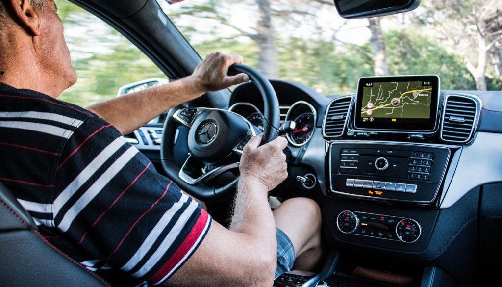 j2wzv1vo-chauffeur-uber